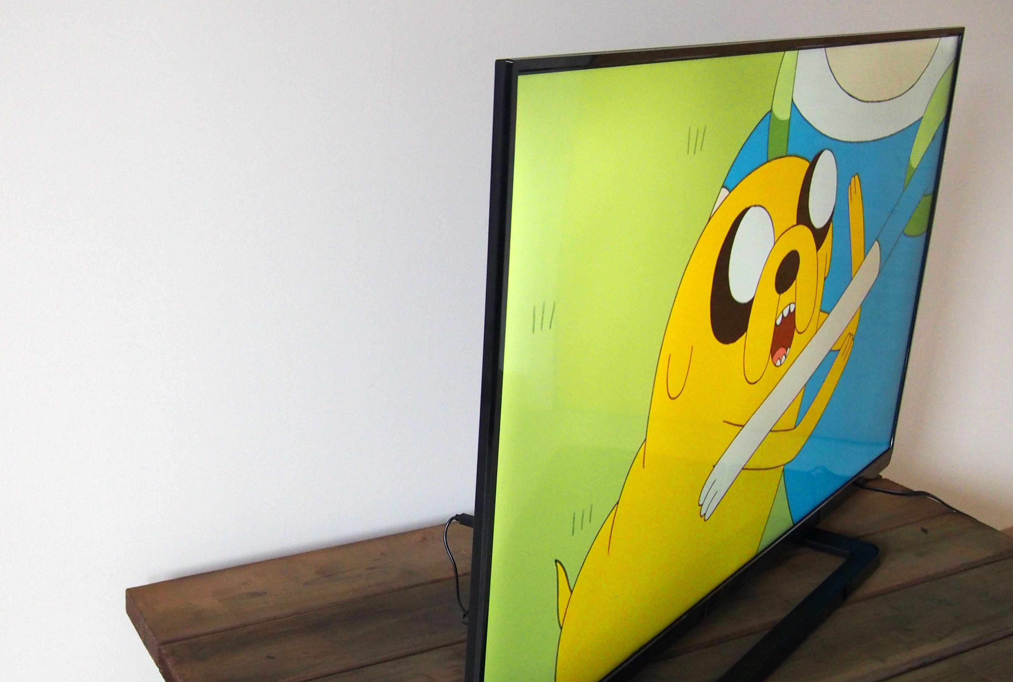 Price aside, the 50L1400U is an incredibly slim TV.