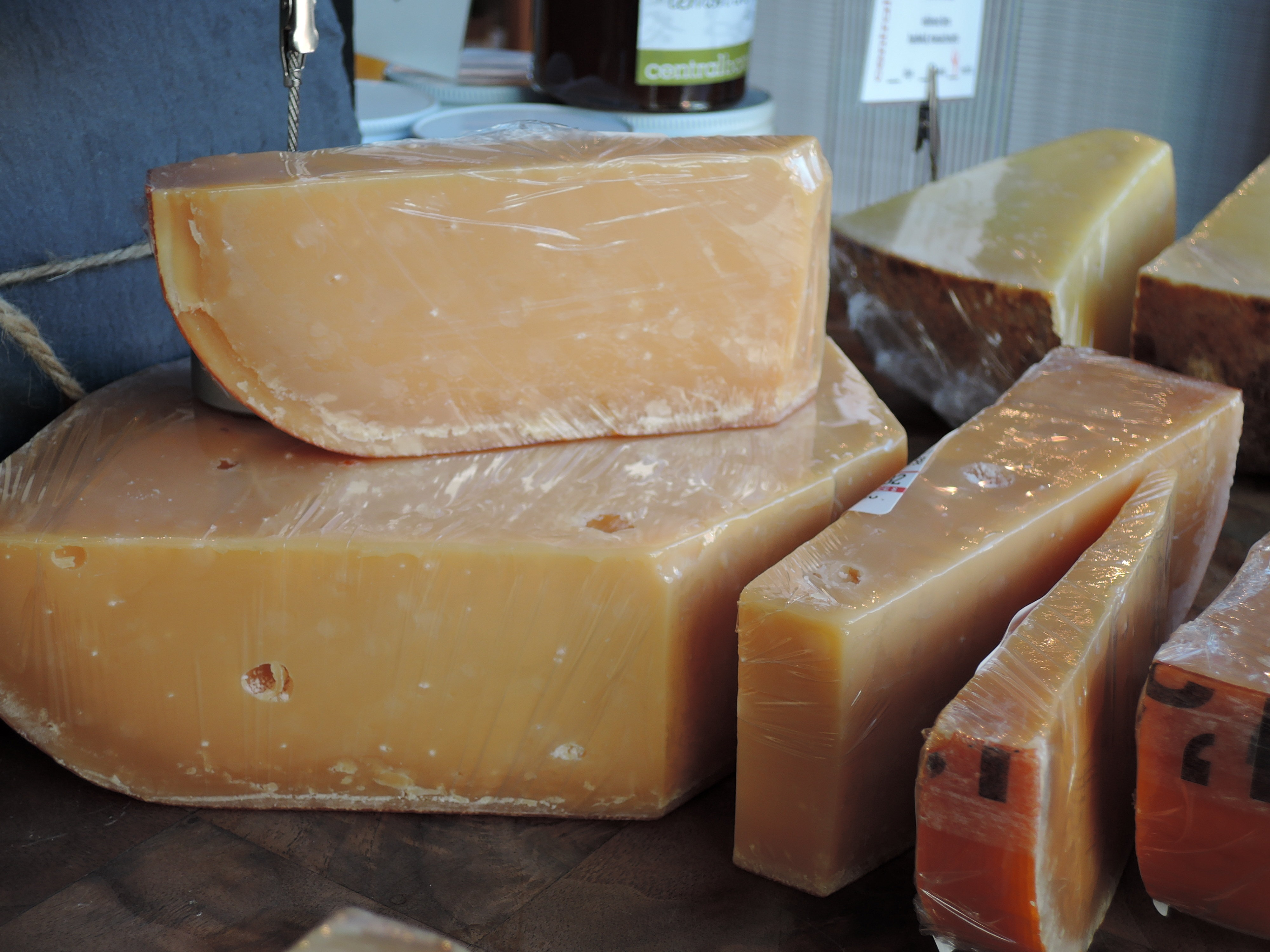 A sample photo of cheese taken by the Nikon Coolpix P340.