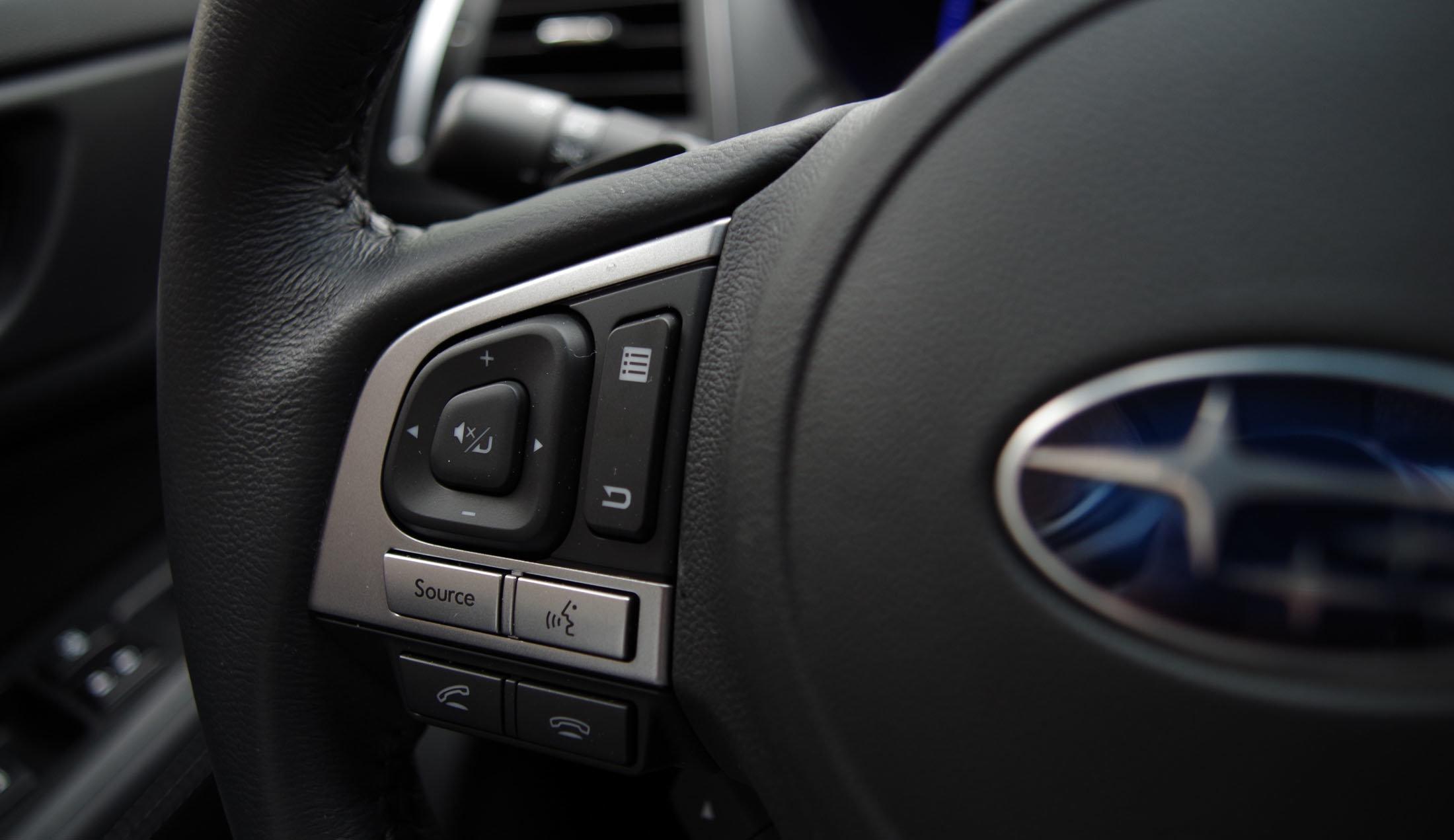 steering wheel controls 2015 Subaru Outback