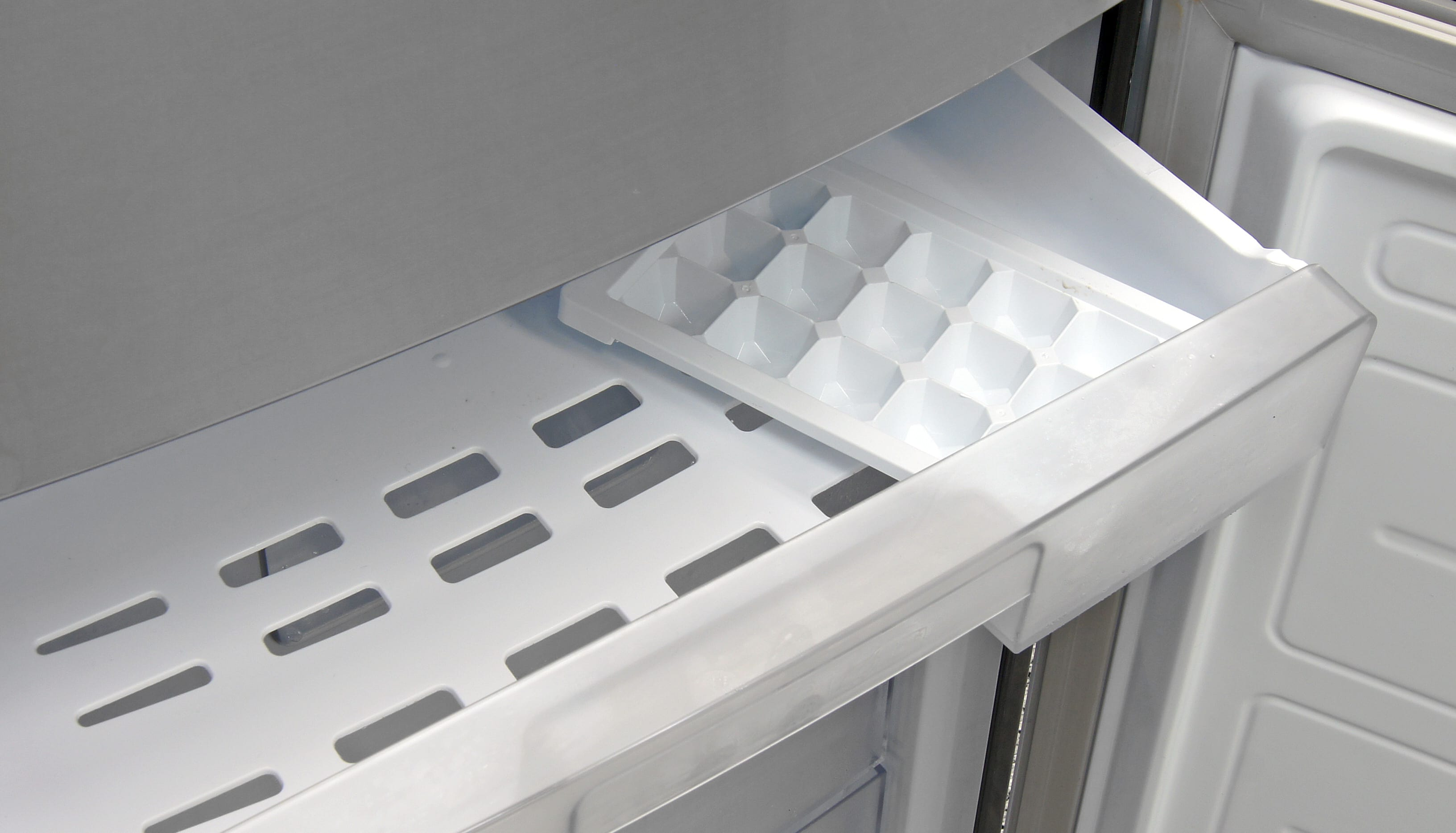There's no built-in icemaker inside the LG LBN10551PV, but you do get a nifty little ice cube tray!