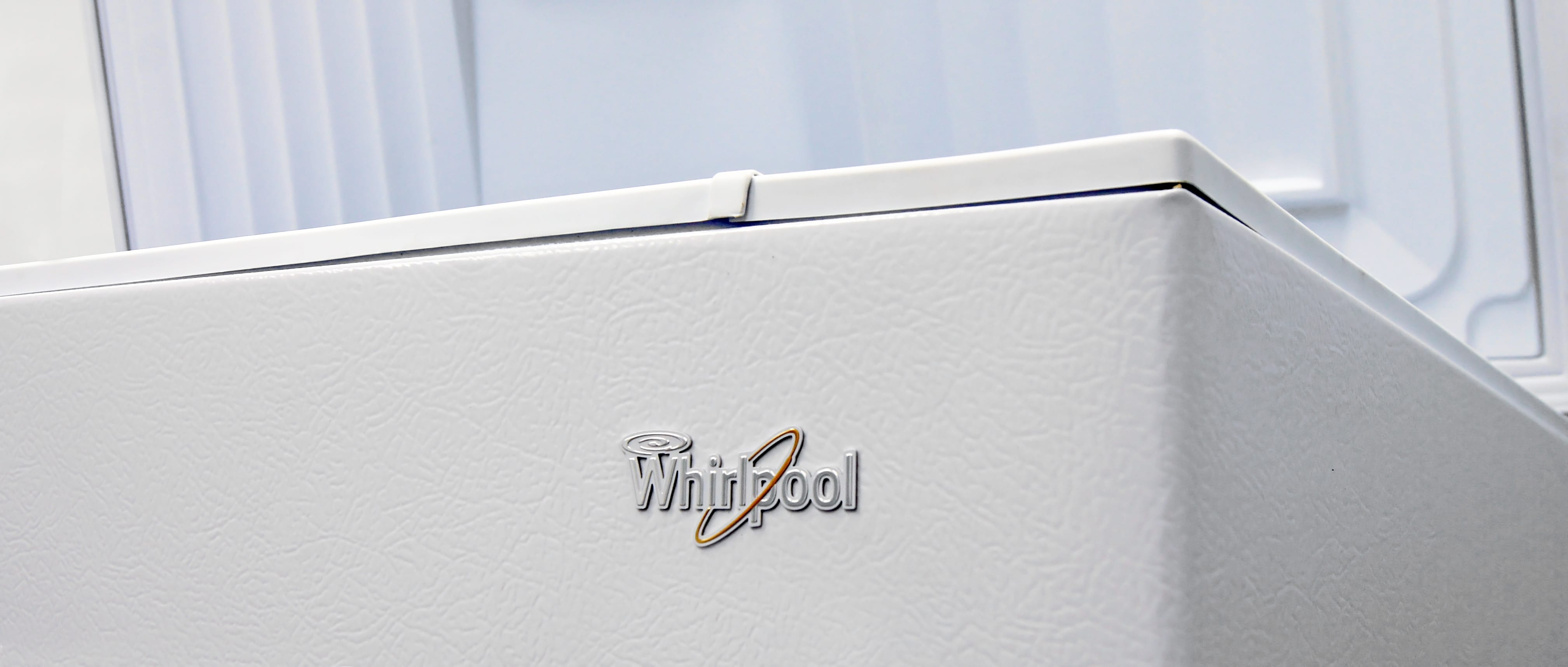Whirlpool EH151FXTQ 14.8 Cubic Foot Chest Freezer