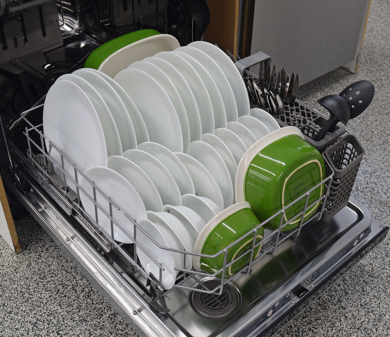 KitchenAid KDTE404DSS lower rack capacity