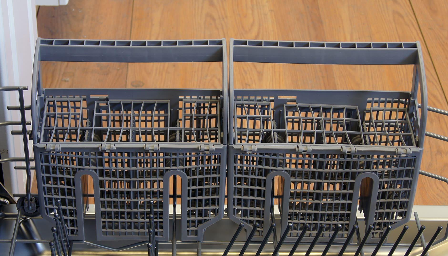 Bosch SHX7PT55UC cutlery basket