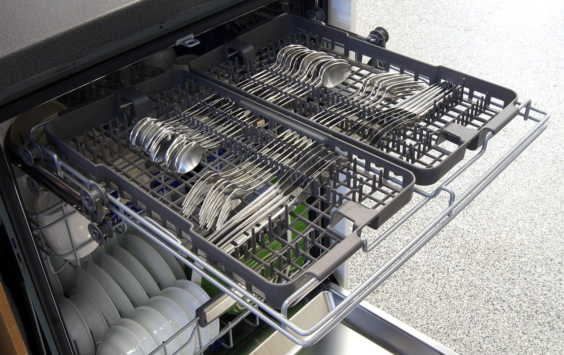 LG LDF8874ST third rack capacity