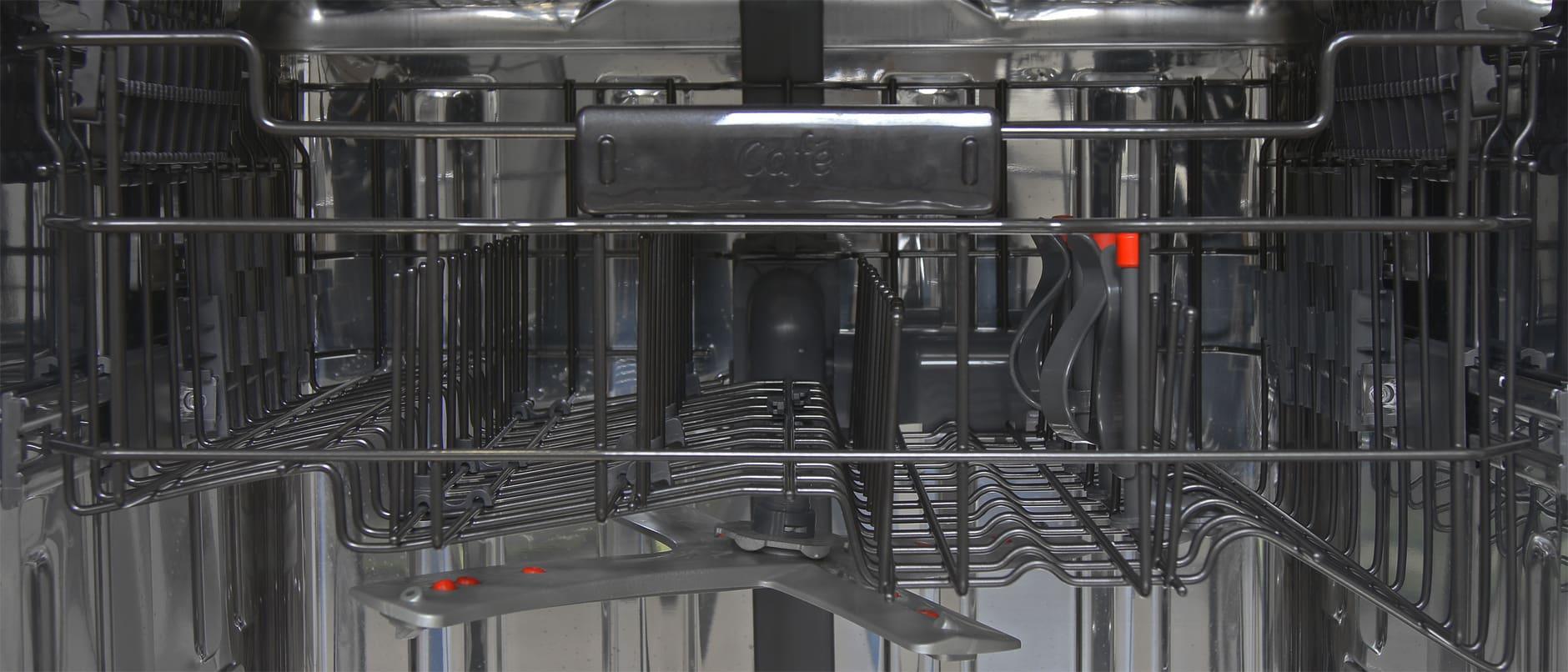 GE Cafe CDT725SSFSS close up of top rack