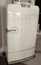 Mandeville_Maxens_refrigerator.JPG