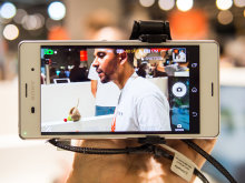 Sony Cyber-shot QX1 – Smartphone as Finder