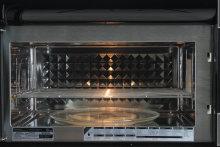 Electrolux E30MH65QPS Cavity
