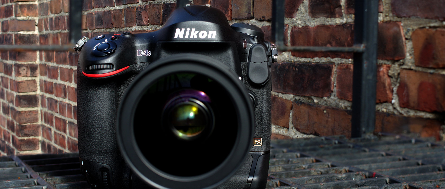 Our Nikon D4S Review didn't quite have everything that we produced about the camera, here is our Nikon D4S sample video shot at ISO 409,600