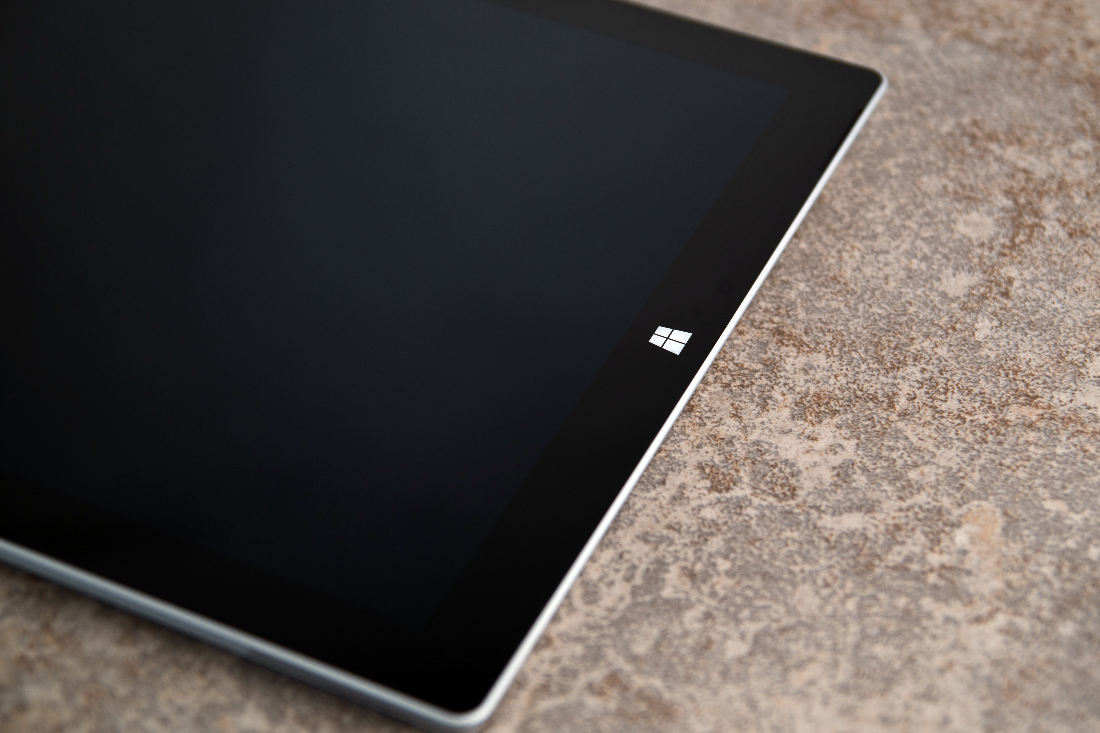 A closer look at the Microsoft Surface Pro 3.
