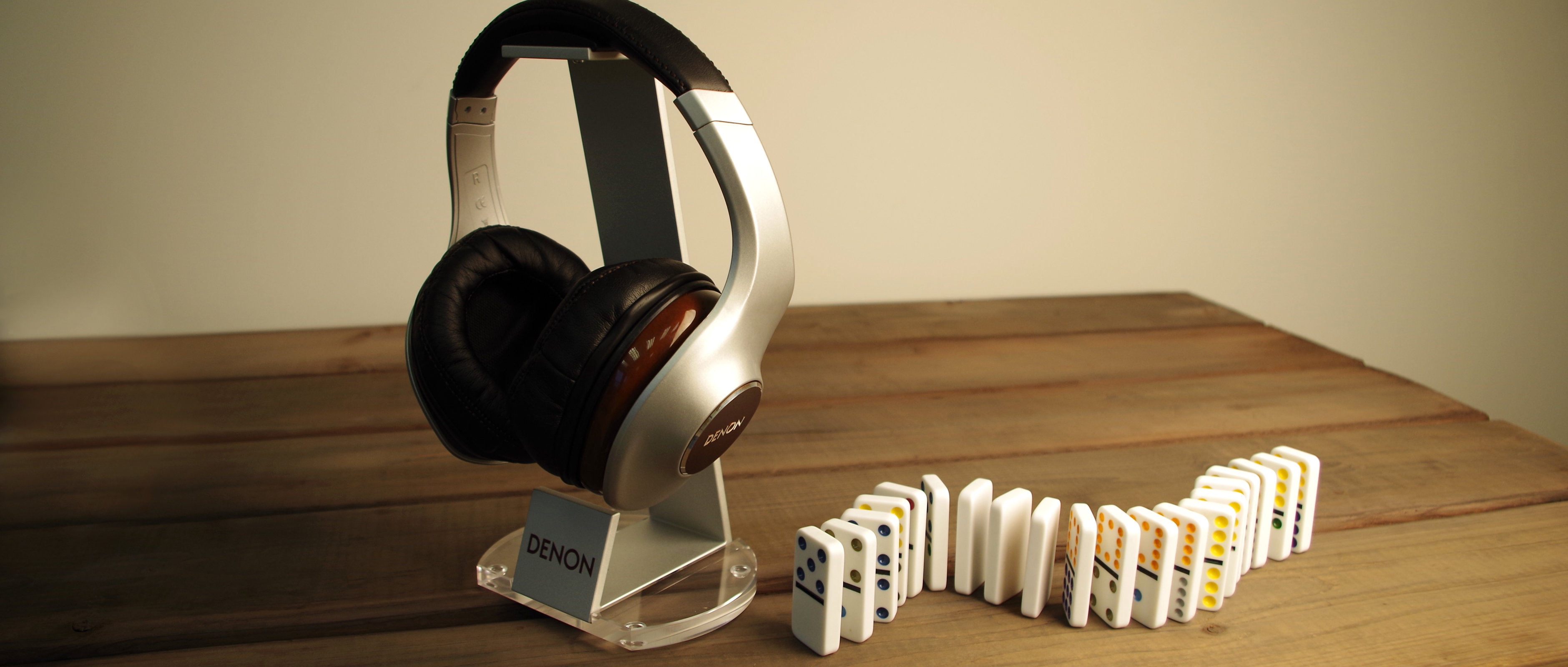 The Denon AH-D7100 headphones ship with a fancy stand.