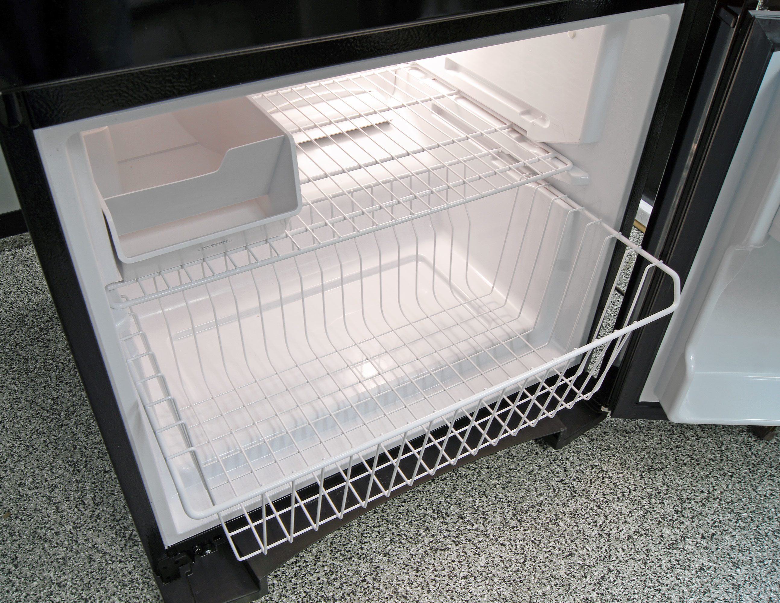The GE Artistry ABE20EGEBS's freezer drawer slides out far enough to offer reasonable access.