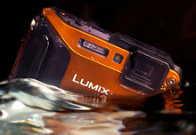 LUMIX-TS5-WATER_final.jpg