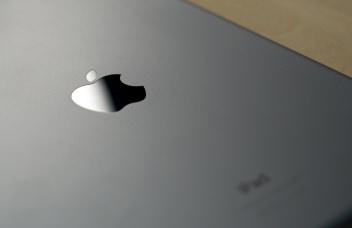 Apple ipad air review hero
