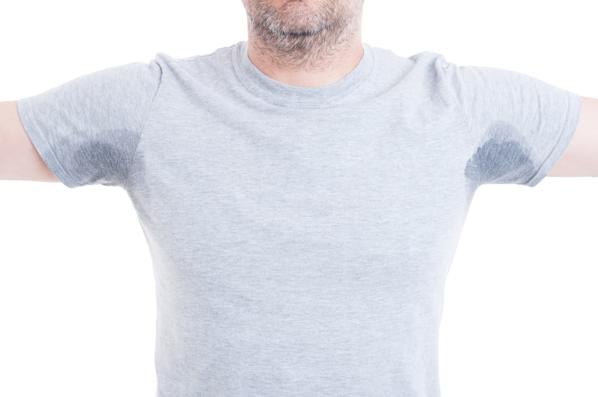 How to remove sweat stains and armpit stains from shirts for Remove armpit stains from colored shirts