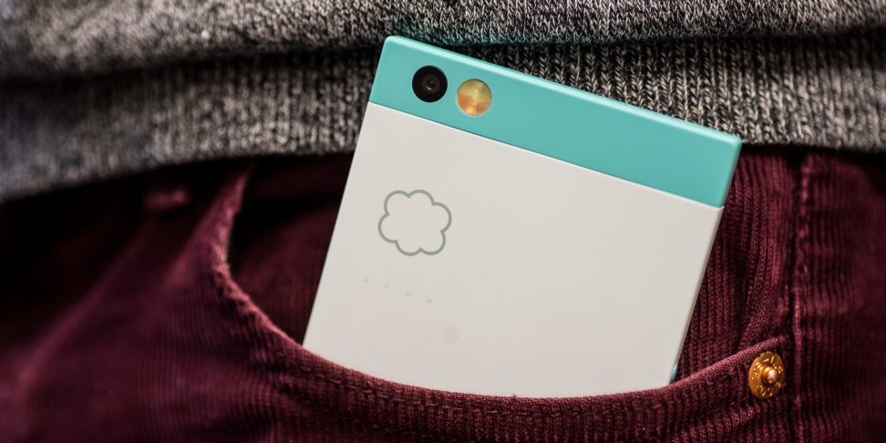Nextbit Robin in Pocket