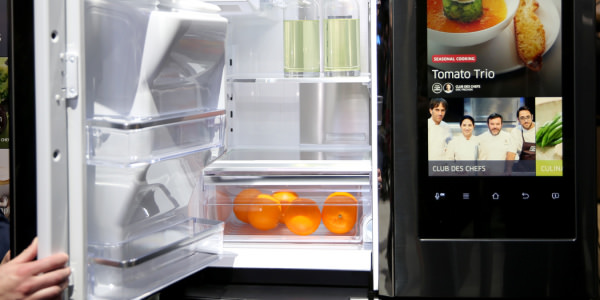 Samsung's Family Hub fridge won't bring your family together