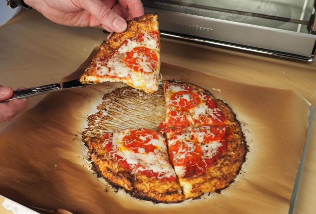 Cauliflower pizza