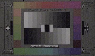 Sony_DCR-SR300_15lux_auto_web.jpg