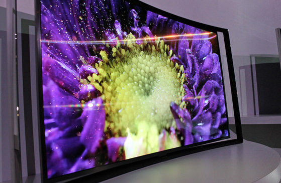 samsung curved oled medium.jpg