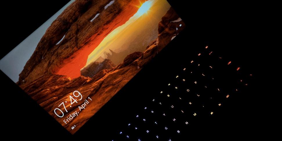 Razer Blade Stealth Keyboard and Screen
