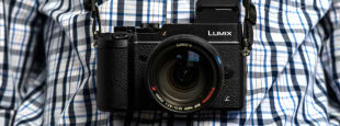 Panasonic lumix gx8 review hero
