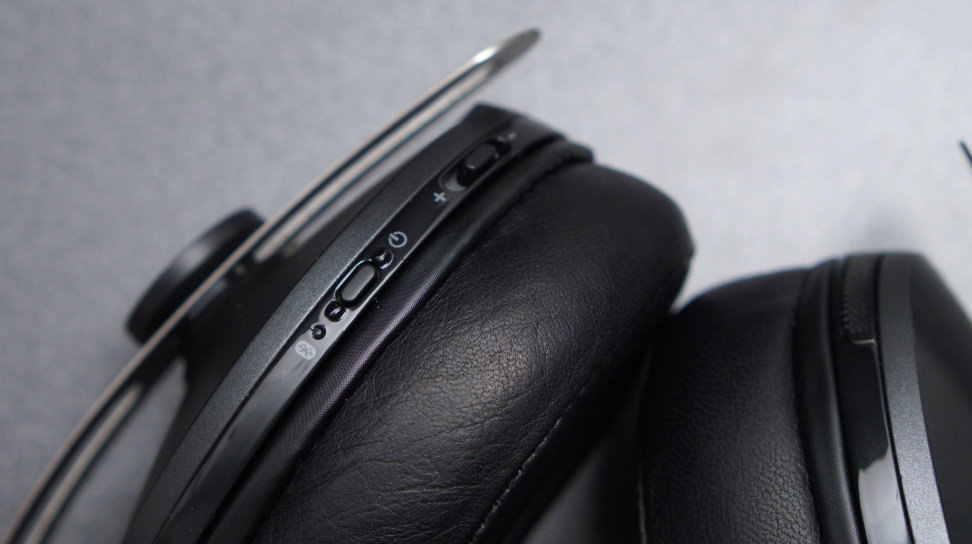 Momentum Wireless Cup Controls