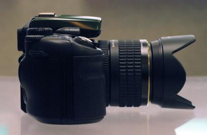 Fujifilm_IS-1_right.jpg