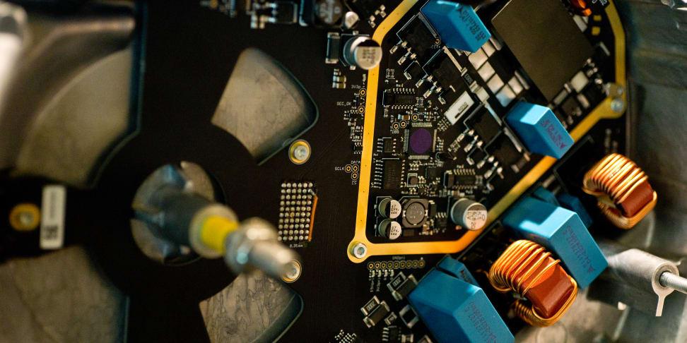 devialet-phantom-fi-board.jpg