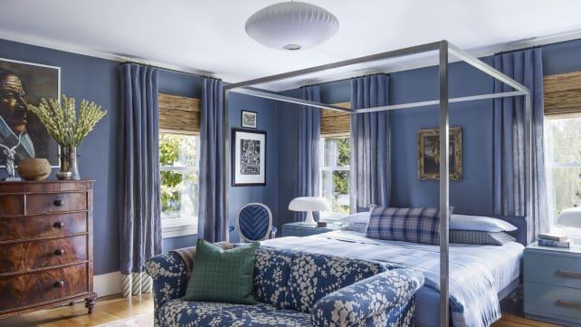 Restful-blue-bedroom-Elle-Decor