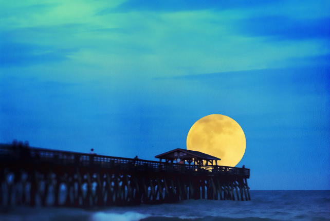 Myrtle beach supermoon