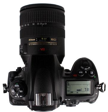Nikon-D700-top-375.jpg