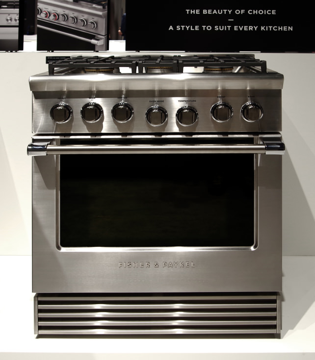 Fisher & Paykel 30-inch dual fuel Professional range