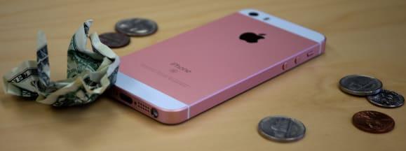 Iphone se cheap camera hero