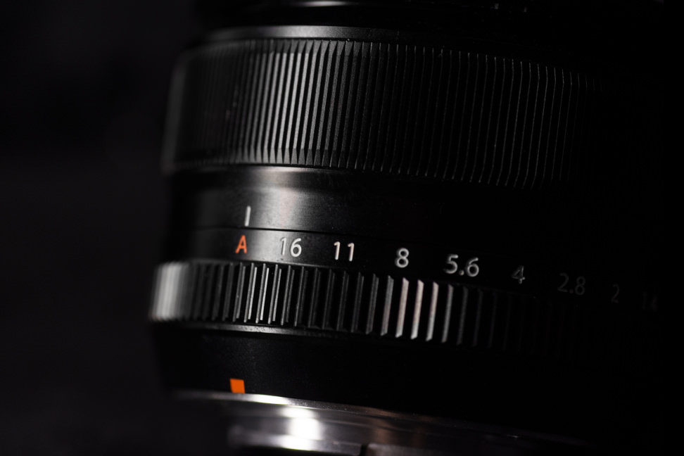 fuji-35mm-f1p4-review-design-rings.jpg