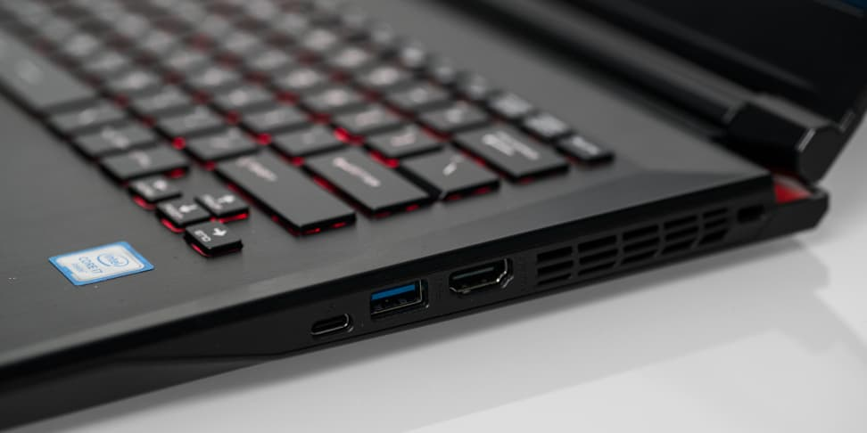 MSI GS40 Phantom Ports Right