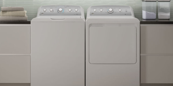 Everyone is buying this American-made washing machine