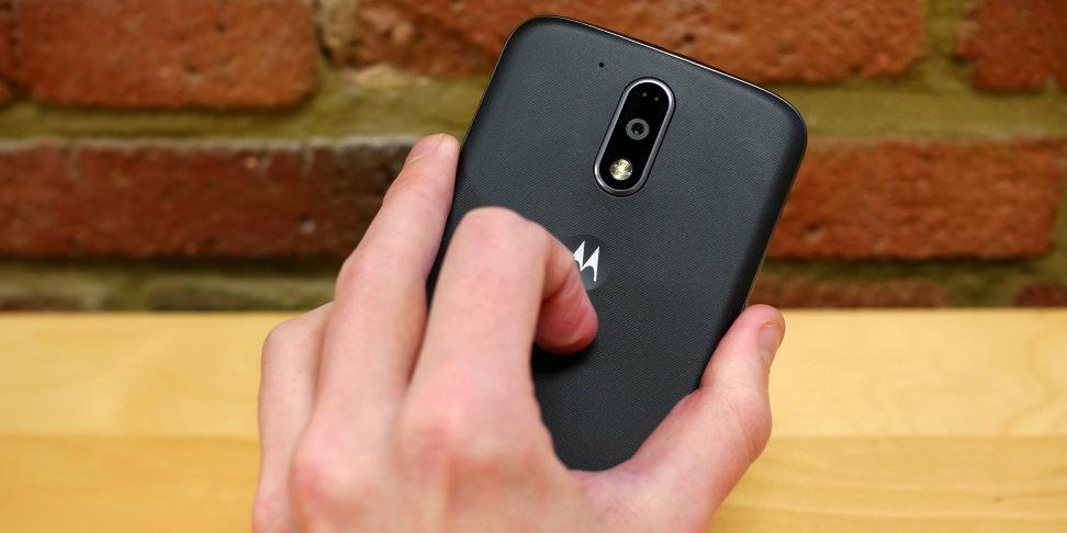 Motorola Moto G4 Plus In Hand